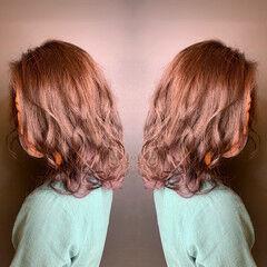 グラデーションカラー マッシュ ミディアム ホワイトグラデーション ヘアスタイルや髪型の写真・画像