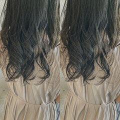レイヤーカット イメチェン オリーブカラー 韓国ヘア ヘアスタイルや髪型の写真・画像