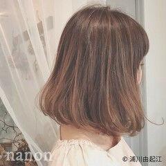 秋冬ショート ナチュラル アンニュイほつれヘア ゆるふわ ヘアスタイルや髪型の写真・画像