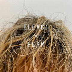 無造作パーマ ウルフカット セミロング スパイラルパーマ ヘアスタイルや髪型の写真・画像