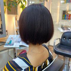 ショートボブ 秋ブラウン モード ボブ ヘアスタイルや髪型の写真・画像