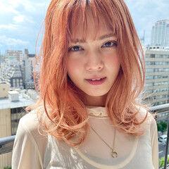 セミロング ストリート ペールピンク ハイトーンカラー ヘアスタイルや髪型の写真・画像