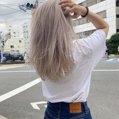 アッシュ ストリート ホワイトベージュ ホワイトアッシュ ヘアスタイルや髪型の写真・画像