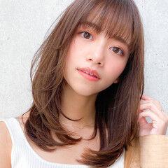 小顔 レイヤーカット セミディ コンサバ ヘアスタイルや髪型の写真・画像