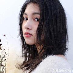 レイヤースタイル ミディアム ミディアムレイヤー 黒髪 ヘアスタイルや髪型の写真・画像