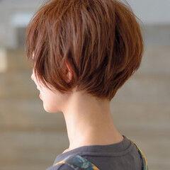 ショート ショートマッシュ 髪色 ナチュラル ヘアスタイルや髪型の写真・画像