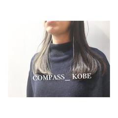 ベージュ アッシュ シースルーバング イノセントカラー ヘアスタイルや髪型の写真・画像