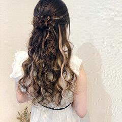 お団子アレンジ お団子 フェミニン ヘアアレンジ ヘアスタイルや髪型の写真・画像
