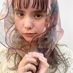 鎖骨ミディアム ミディアム ぱっつん ワイドバング ヘアスタイルや髪型の写真・画像
