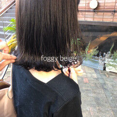 ヘアカラー アッシュベージュ ナチュラル アッシュグレー ヘアスタイルや髪型の写真・画像