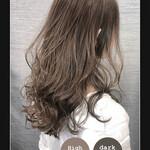 大人女子 巻き髪 ナチュラル イルミナカラー