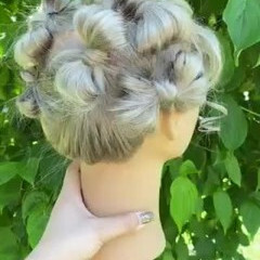 成人式 成人式ヘア 成人式ヘアメイク着付け ハイトーンカラー ヘアスタイルや髪型の写真・画像