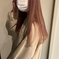 ロング ガーリー ブリーチ ピンクヘア ヘアスタイルや髪型の写真・画像