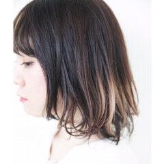 モード グレージュ アンニュイほつれヘア グラデーションカラー ヘアスタイルや髪型の写真・画像