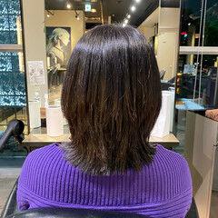 レイヤーカット ミディアムレイヤー 絶壁カバー ミディアム ヘアスタイルや髪型の写真・画像