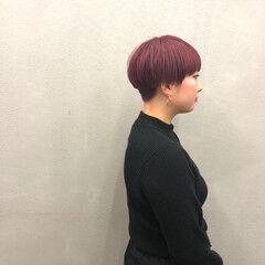 ナチュラル チェリーレッド ショート レットバイオレット ヘアスタイルや髪型の写真・画像