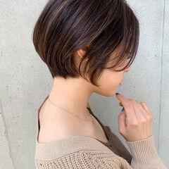 ひし形 丸みショート 大人女子 ショート ヘアスタイルや髪型の写真・画像