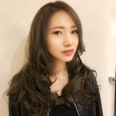 フェミニン ロング おフェロ ツヤ髪 ヘアスタイルや髪型の写真・画像