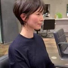 ナチュラル ショートヘア ショート 40代 ヘアスタイルや髪型の写真・画像