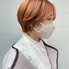 ハイトーン ハンサムバング ナチュラル ショートヘア ヘアスタイルや髪型の写真・画像
