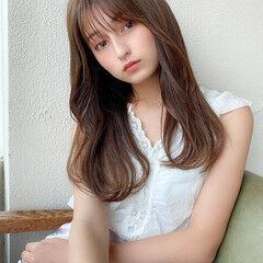 レイヤーカット レイヤースタイル 小顔ヘア ナチュラル ヘアスタイルや髪型の写真・画像