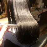 縮毛矯正 髪質改善 ロング ナチュラル