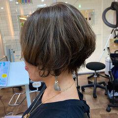 オーガニックアッシュ ショート 美シルエット 大人ハイライト ヘアスタイルや髪型の写真・画像