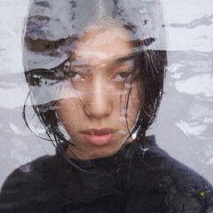 アッシュブラック ウェット感 モード ウェットヘア ヘアスタイルや髪型の写真・画像