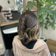 ミディアム ミルクティカラー ガーリー インナーカラー ヘアスタイルや髪型の写真・画像