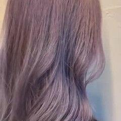 ヌーディベージュ セミロング ラベンダーカラー バイオレットアッシュ ヘアスタイルや髪型の写真・画像