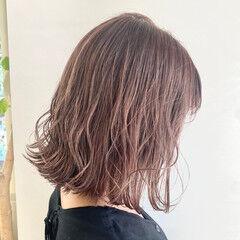 ピンクパープル ミディアム フェミニン パープル ヘアスタイルや髪型の写真・画像