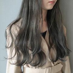 外国人風カラー アンニュイほつれヘア 暗髪 ナチュラル ヘアスタイルや髪型の写真・画像