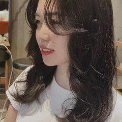 ナチュラル 韓国風ヘアー セミロング ヨシンモリ ヘアスタイルや髪型の写真・画像