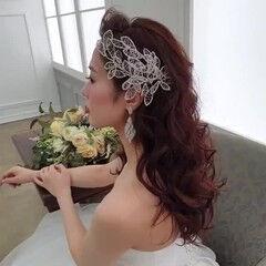 結婚式 ダウンスタイル ロング 白ドレスヘア ヘアスタイルや髪型の写真・画像