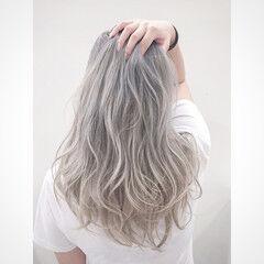 ストリート ロング ブリーチ ホワイトアッシュ ヘアスタイルや髪型の写真・画像