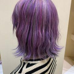 ミディアム ダブルカラー 切りっぱなしボブ ユニコーンカラー ヘアスタイルや髪型の写真・画像