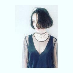 ボブ リップライン インナーカラー パーマ ヘアスタイルや髪型の写真・画像