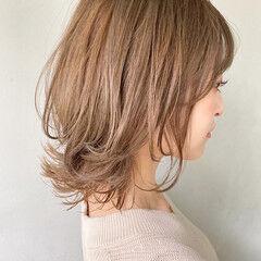 大人ヘアスタイル アッシュベージュ アンニュイほつれヘア ナチュラル ヘアスタイルや髪型の写真・画像