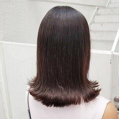 ミディアム ナチュラル 艶カラー アッシュ ヘアスタイルや髪型の写真・画像