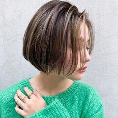 ハイトーンカラー 大人ショート オーガニックカラー ショート ヘアスタイルや髪型の写真・画像