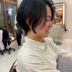 前下がりショート 前髪 ショート ナチュラル ヘアスタイルや髪型の写真・画像