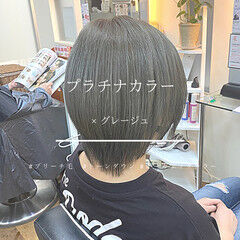 アッシュグレージュ オーガニックカラー ショート モード ヘアスタイルや髪型の写真・画像