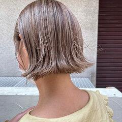 アッシュベージュ ミニボブ モード ボブ ヘアスタイルや髪型の写真・画像