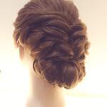 編み込み ヘアアレンジ ロング まとめ髪