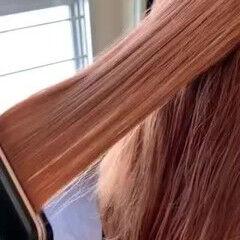 ロング 福岡市 フェミニン トリートメント ヘアスタイルや髪型の写真・画像