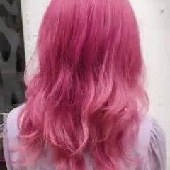 派手髪 デザインカラー ガーリー ブリーチ ヘアスタイルや髪型の写真・画像