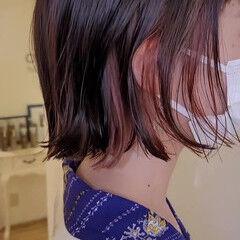 インナーカラー ヘアカット ミニボブ 外はね ヘアスタイルや髪型の写真・画像