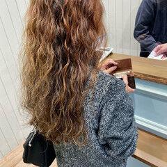 ウェーブ デジタルパーマ モード スパイラルパーマ ヘアスタイルや髪型の写真・画像