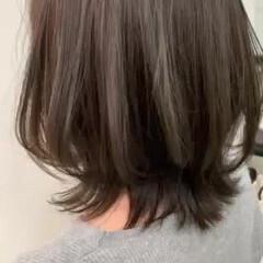 簡単スタイリング ウルフカット アディクシーカラー ショートボブ ヘアスタイルや髪型の写真・画像