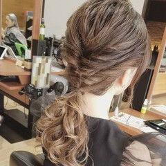 ローポニーテール ポニーテールアレンジ くるりんぱ ロング ヘアスタイルや髪型の写真・画像